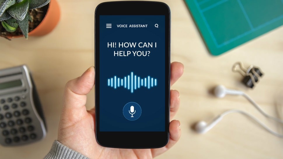 voice-assistant-on-phone-AI